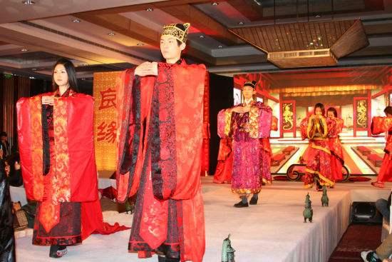 中式婚礼发型教程视频_齐刘海中式婚礼发型