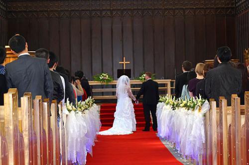 基督教十月婚礼主持词_基督酒店教婚礼主持词