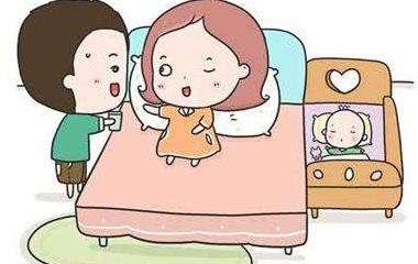 低体重儿满月长几斤_满月婴儿的正常体重
