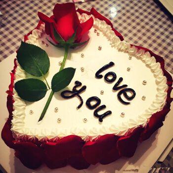 送女朋友生日蛋糕造型_送女朋友生日蛋糕样式