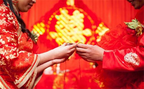 婚礼习俗有哪些?婚礼上有什么讲究