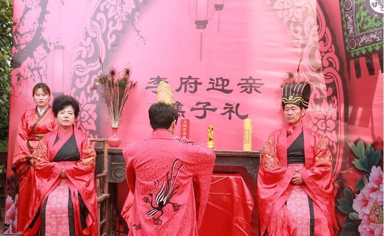 古代婚礼的三书六礼 哪里制作中式婚礼请柬不错