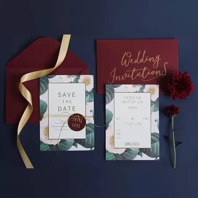 婚礼请柬封面怎么写 婚礼请柬应该如何递交